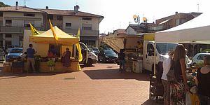 foto mercato Vallefoglia