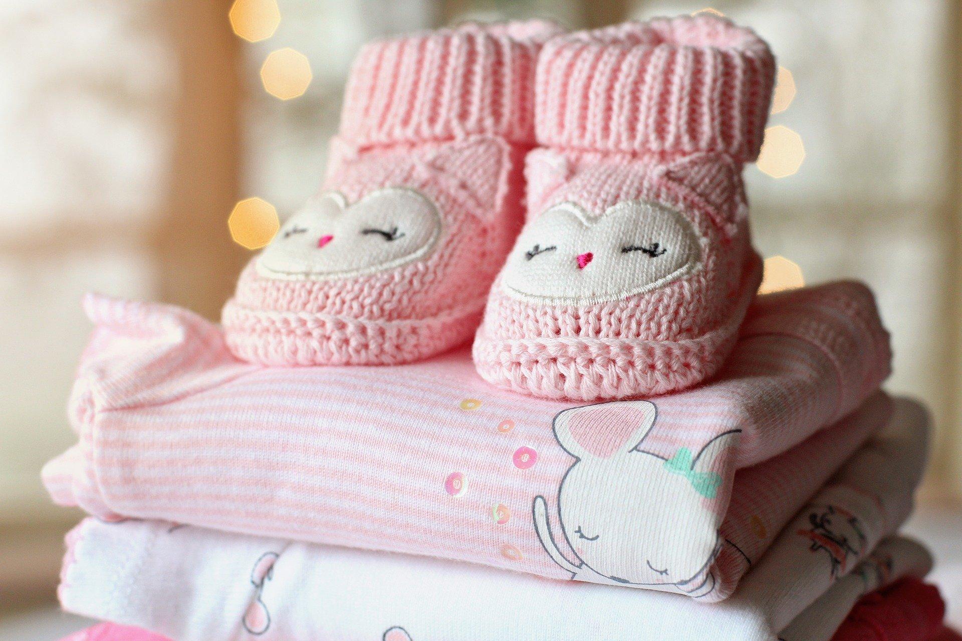 foto di scarpine da neonato