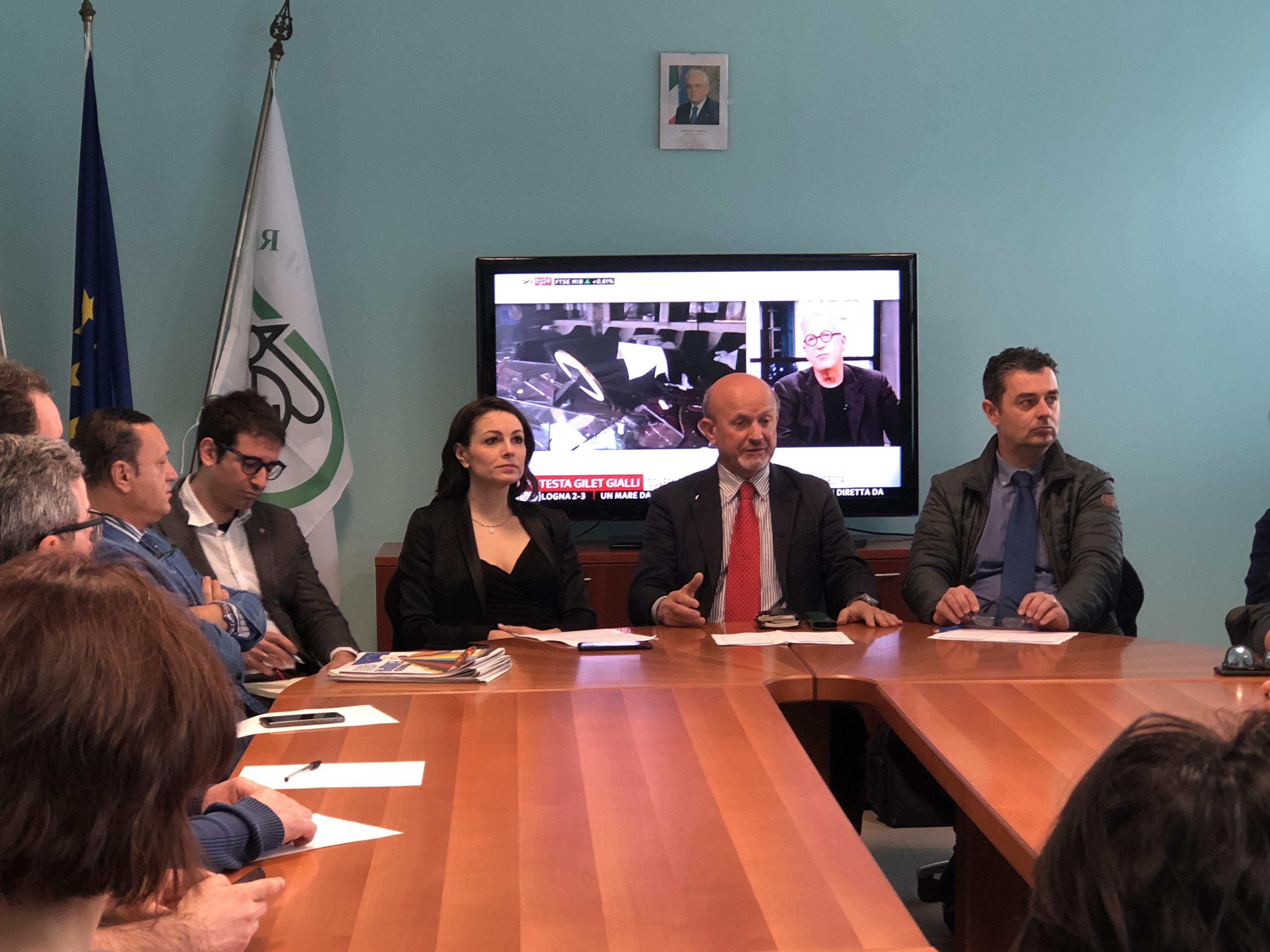 foto riunione di presentazione ufficio Europa